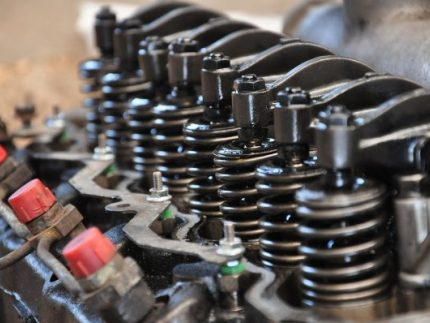Diesel engine getting repaired in Chicago, IL